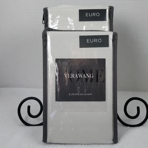 Vera Wang | NWT European Sham Set of 2